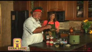 Amanda Sites With Deer Cook Venison Chili Recipe